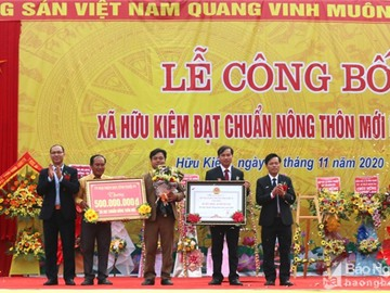 Xã đầu tiên của huyện rẻo cao Kỳ Sơn - Nghệ An đón bằng công nhận đạt chuẩn nông thôn mới